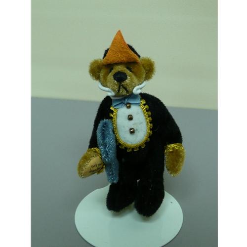Chappy by Little Gem Teddie Bears