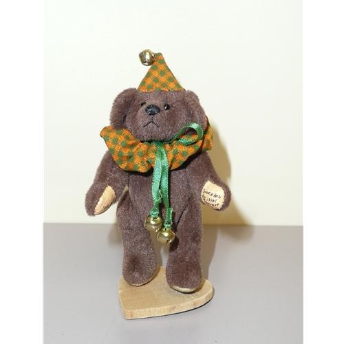 Little Gem Bear by Carol Stewart
