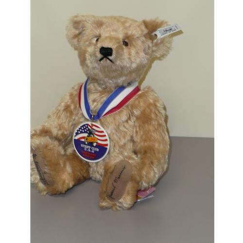 Sam, Club Bear
