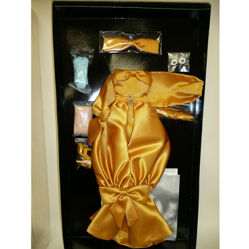 Gold Sensation Gene Outfit