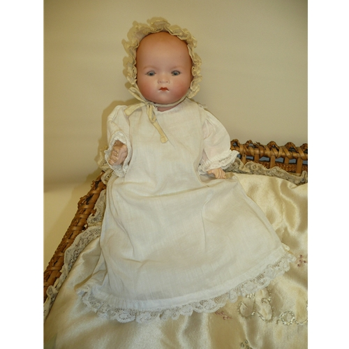 "9"" AM 341 Baby in Presentation Basket"