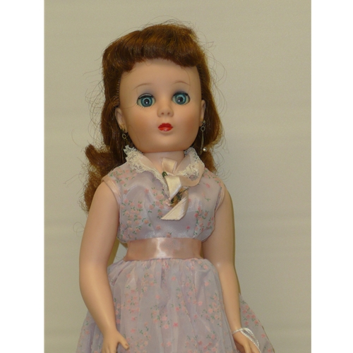 """American Character Sweet Sue, 19"""""""