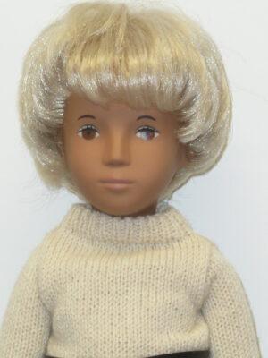 Sasha Short Blonde Hair, Brown Eyes-0