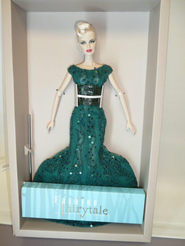 Integrity Sea Devil Veronique, 2017 Fashion Fairytale Convention-0