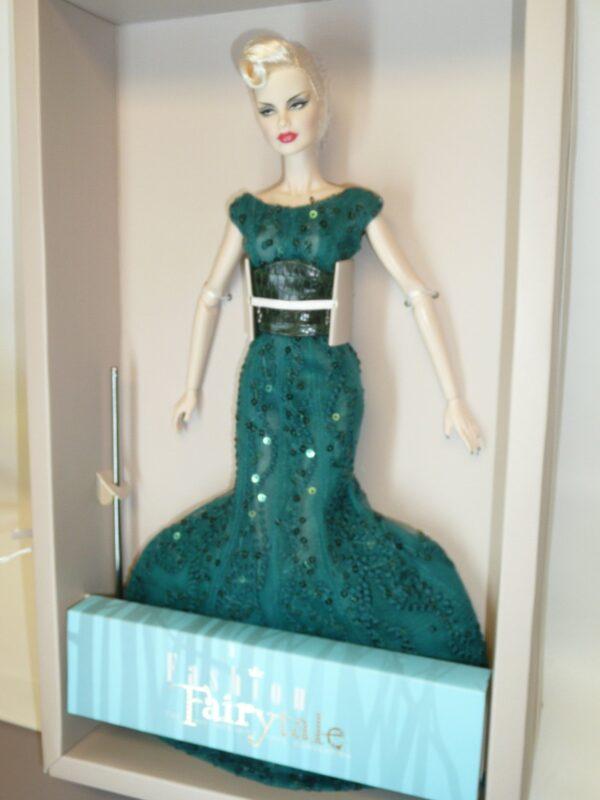 Integrity Sea Devil Veronique, 2017 Fashion Fairytale Convention-13145