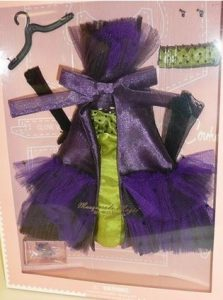 Gift Ideas for Doll Collectors