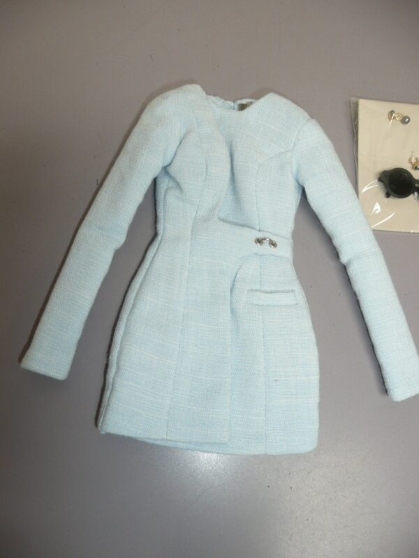 Integrity Pale Blue Coat w/Sunglasses and Jewelry-14421