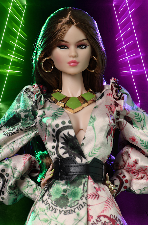 Integrity Coming Out Navia Phan New MIB-15196