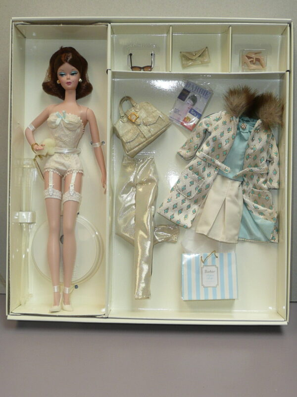 Silkstone Barbie Continental Holiday Giftset